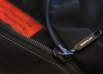 ZDEPE zippers are guaranteed to have high-quality functionality - two riders